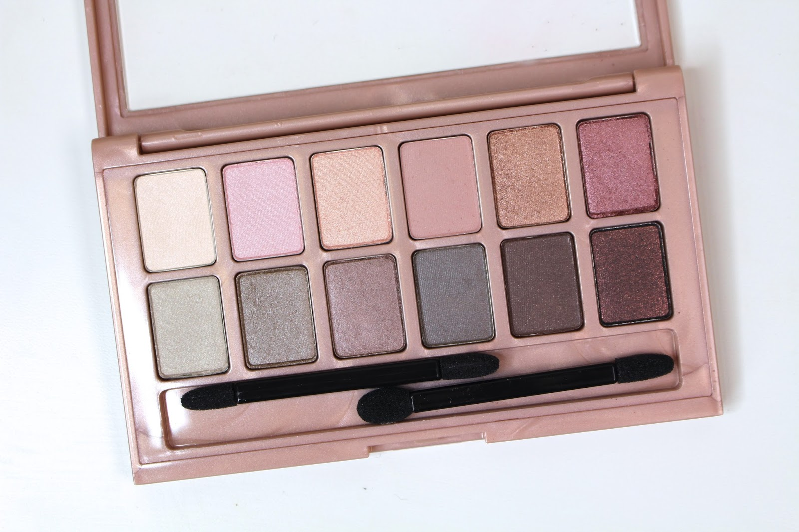 Maybelline The Blushed Nudes Shadow Palette Paleta 12