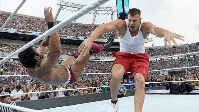 Rob Gronkowski muito perto de acordo com a WWE