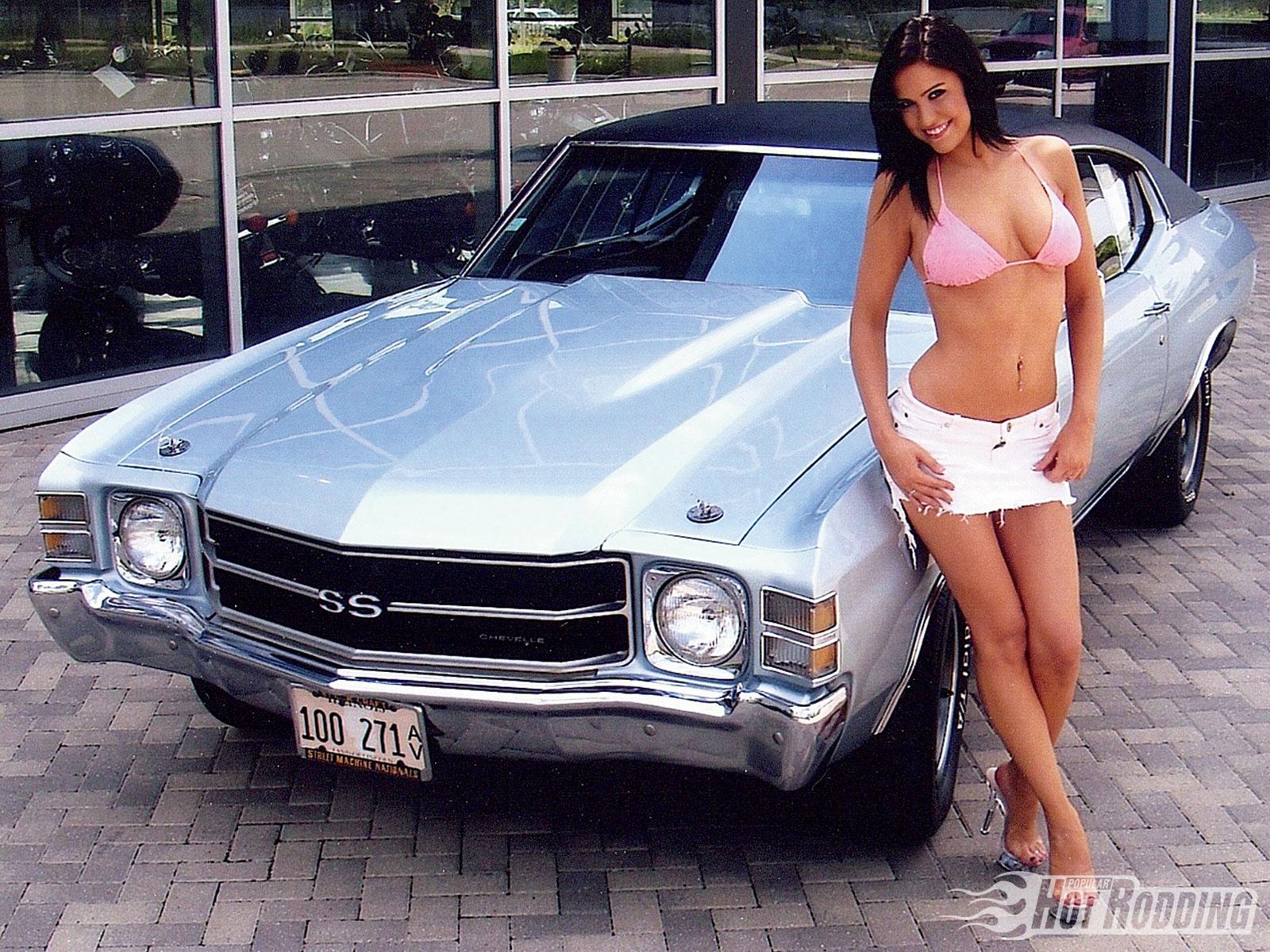 Lesbian Muscle Car 29