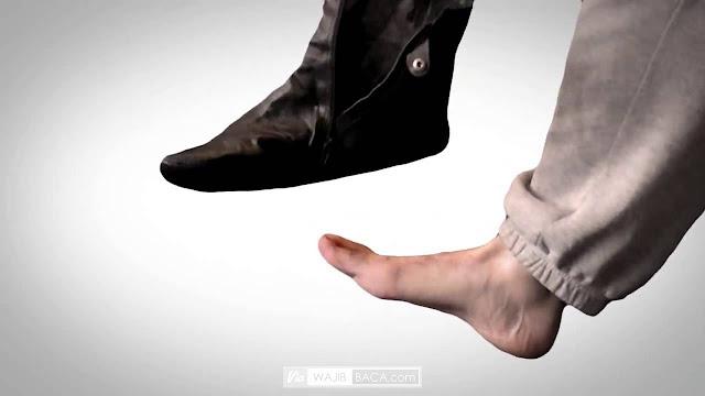 Ternyata Boleh Wudhu dengan Sepatu Lho, Yuk Ikuti Tata Caranya!