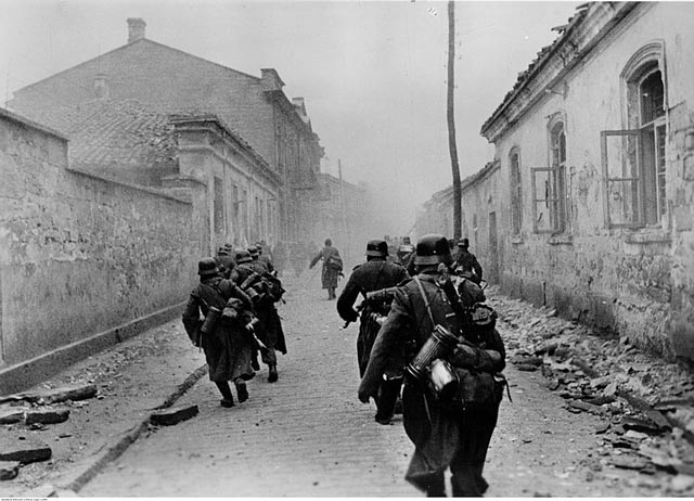 German soldiers in Crimea 14 March 1942 worldwartwo.filminspector.com