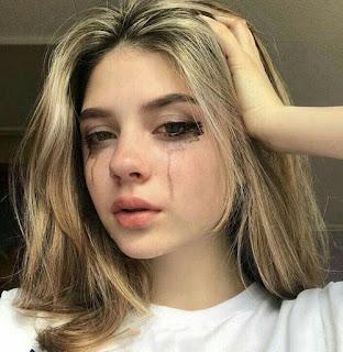صور بنات حزينة تبكي حزينة ، بنت تعيط والكحل ينزل من عيونها