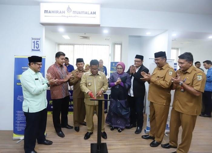 Wali Kota Resmikan Mahirah Muamalah Syariah Cabang Pasar Aceh
