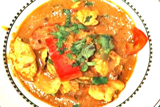 http://www.indianlazizkhana.com/2016/08/raw-bananas-tikka-curry-recipes-in-hindi.html