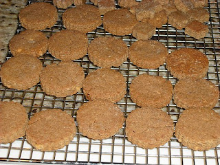 Culinary Alchemy: Dog Catcher in the Rye - PB Puppy Biscuits