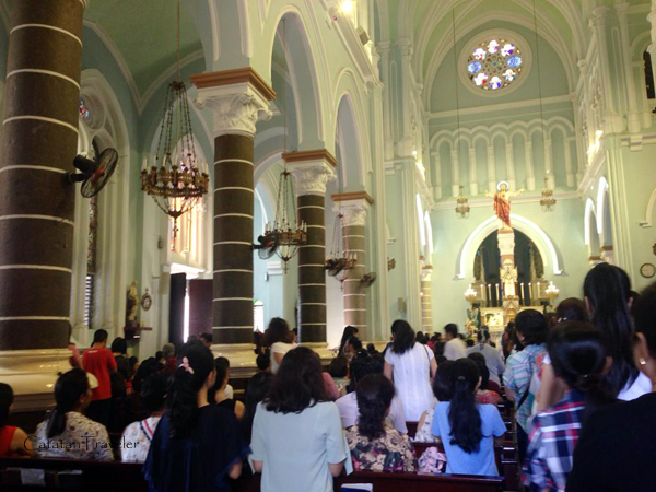 church, ho chi minh, saigon, catatan traveler