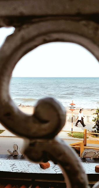Pondicherry-travel-weekend-getaway-style prism-blog-street photography-sea-ocean