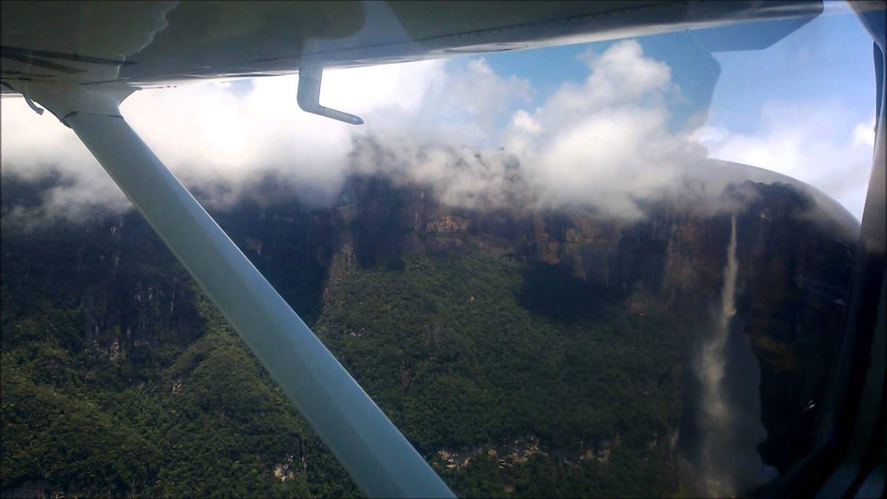 На самолете к водопаду Анхель