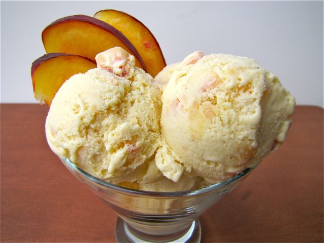 How to Make Peach Ice Cream