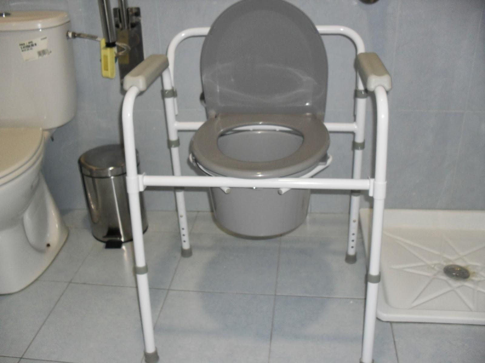 Silla con wc 3 en 1 elevador de wc silla inodoro y apoyo for Sillas para water