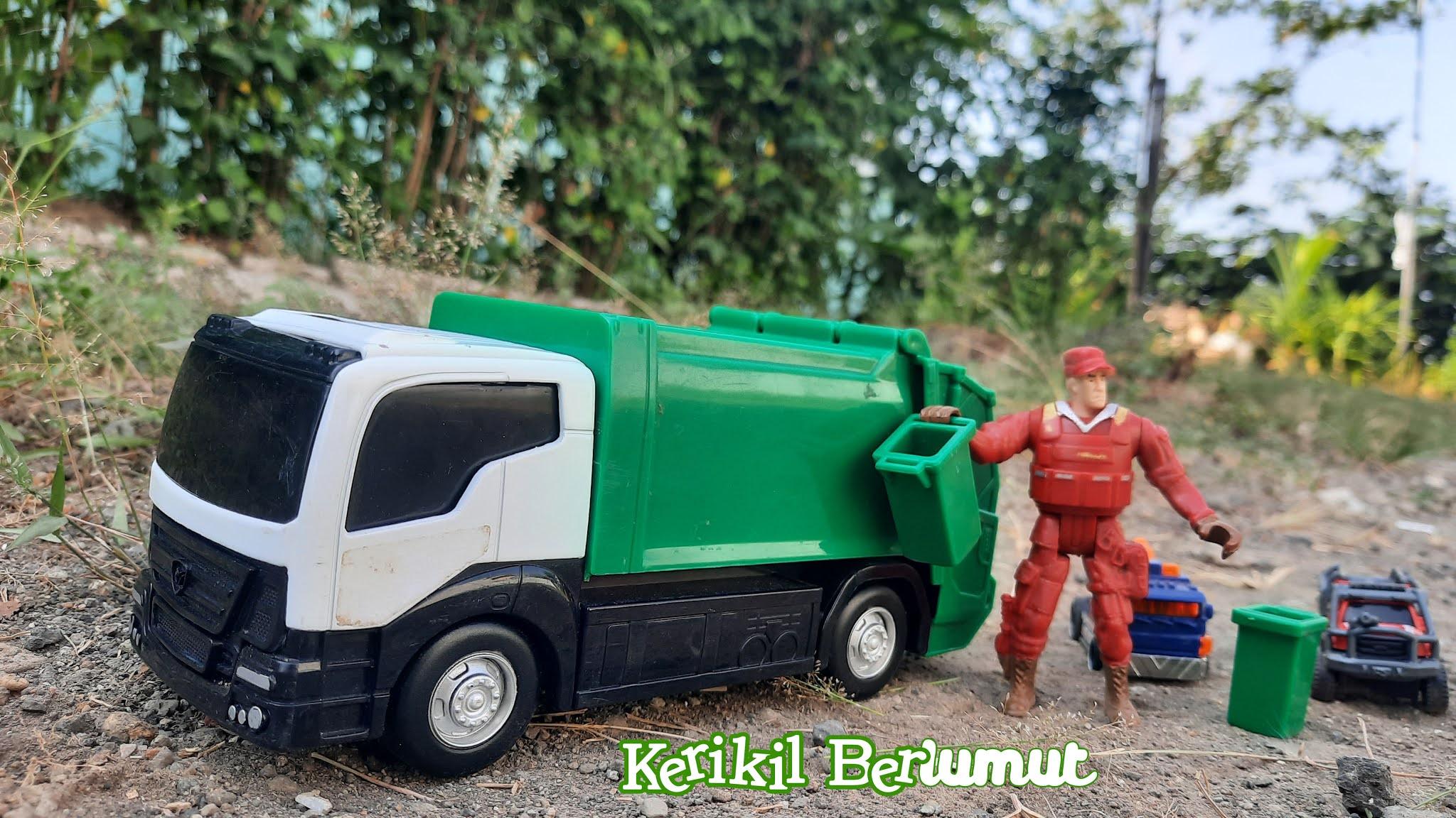 mainan-truk-sampah