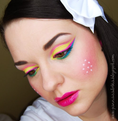 http://pannazalotka.blogspot.com/2014/04/makijaz-neon-doll-paletka-my-secret-hot.html