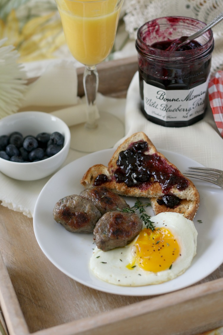 Wild Blueberry and Thyme Breakfast Sausage | #BonneMaman #SayItWithHomemade