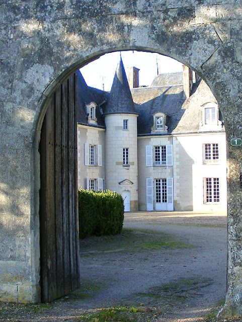 Chateau du Haut-Brizay, Indre et Loire, France. Photo by Loire Valley Time Travel.