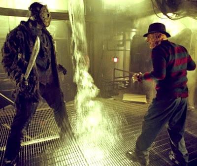 Foto de Freddy Krueger junto a Jason Voorhees antes de iniciar su pelea