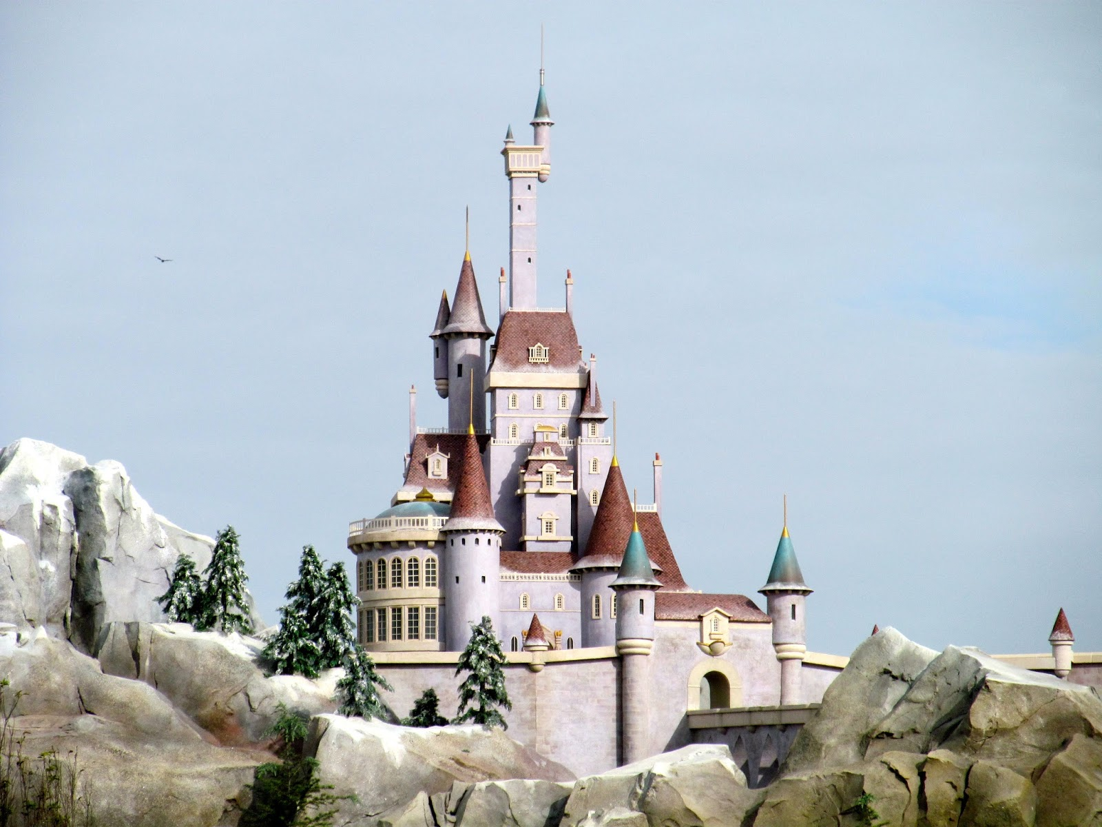 The Beast's Castle at the New Fantasy Land, Magic Kingdom, FL - www.ouroutdoortravels.blogspot.com