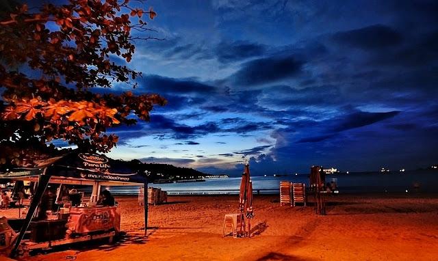 Patong Beach Phuket Thailand Romantis Malam Hari