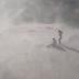 Vídeo: Polícia espanta banhistas de praias com helicóptero