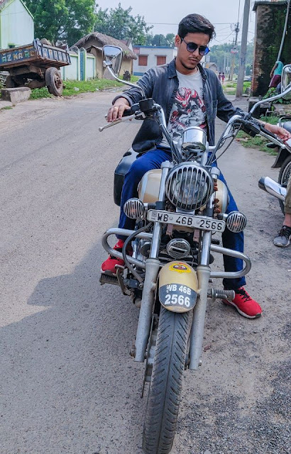 Kiran Dutta Pic/The Bong Guy Photo