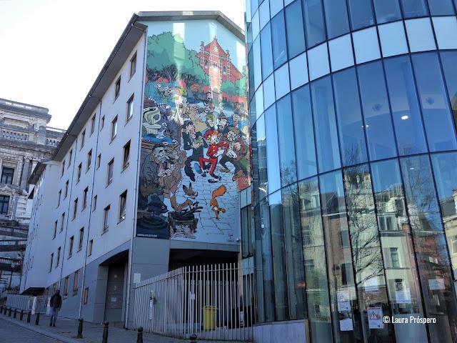 Bruxelas é a capital das histórias em quadrinho mas também do Street Art