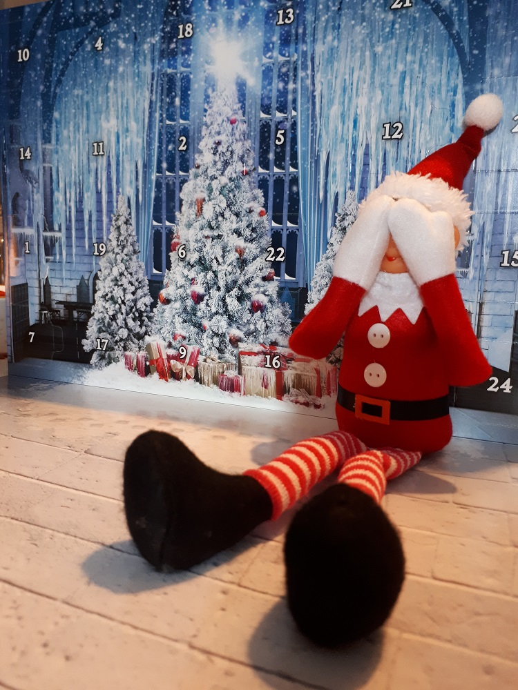 The elf on the shelf, Lego joulukalenteri, Harry Potter