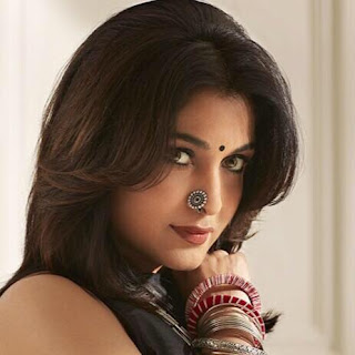 Ramya Krishnan family, age, hindi movie, photos, marriage, hot, wiki, in bahubali, biography, actress biodata, husband name photos, profile, son, wedding, young, death, image, actor, baahubali, dob, child, tamil movies, filmography, age, died, videos, facebook