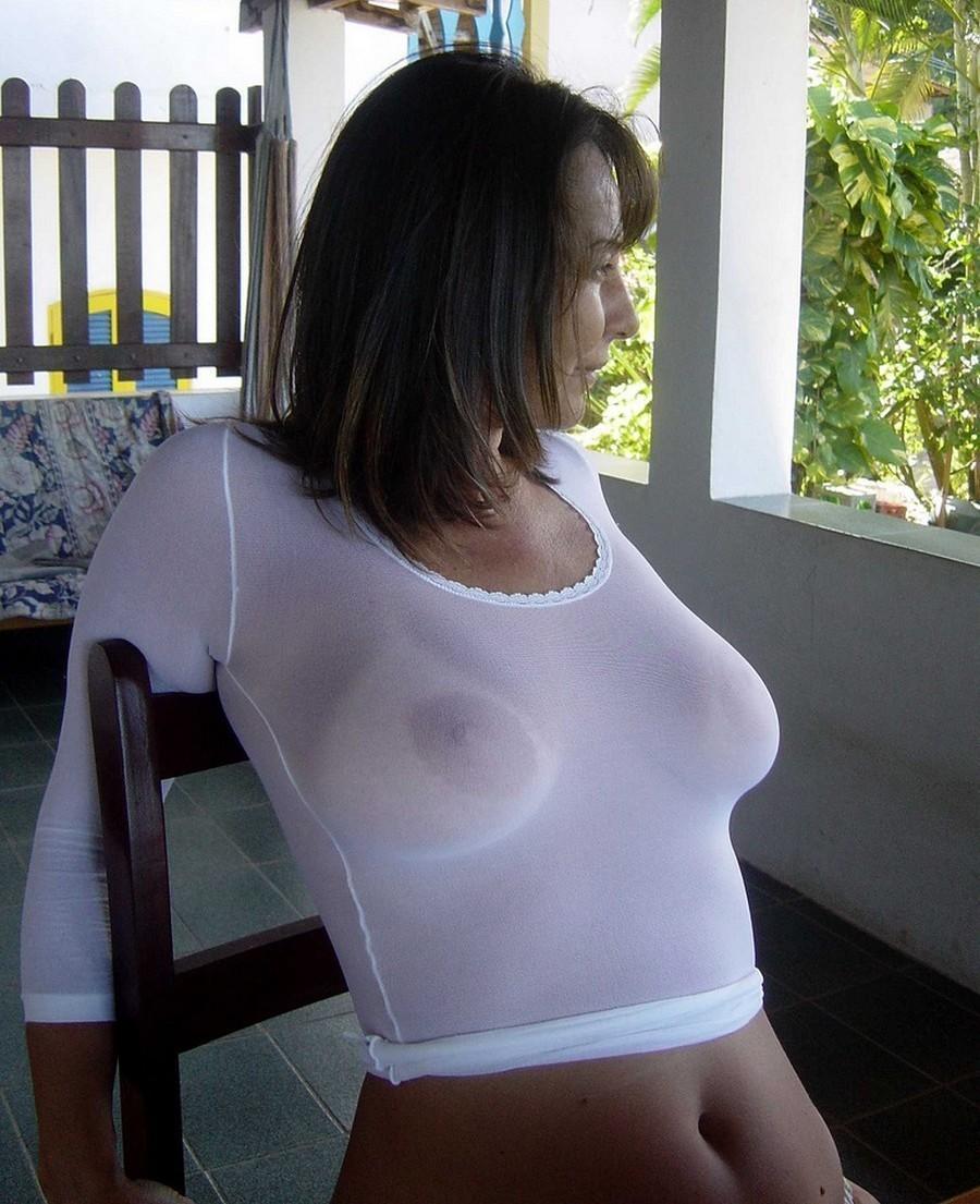 Braless Porn Pics