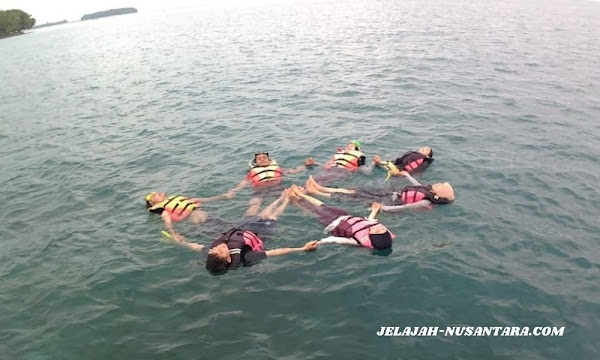 aktivitas wisata open trip pulau harapan
