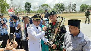 Usai Upacara Detik-Detik Proklamasi Kipan A 631 Terima Piala Bupati Kotim