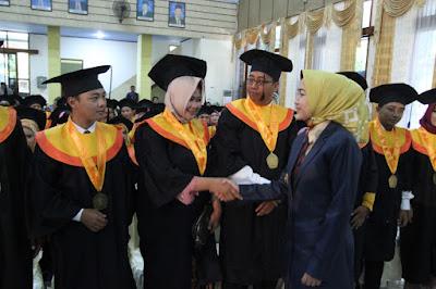 http://www.topfm951.net/2019/06/idza-jadilah-sarjana-mandiri.html#more