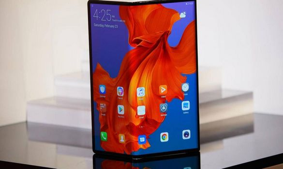 بالفيديو : سامسونج تمهد لاطلاق هاتف جديد قابل للطي !!
