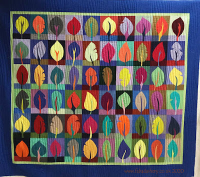 Modern Quilt made by Maggie and quilted by Frances Meredith