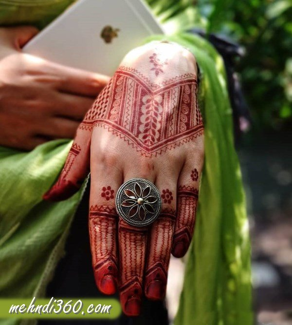 College Special Mehndi Designs
