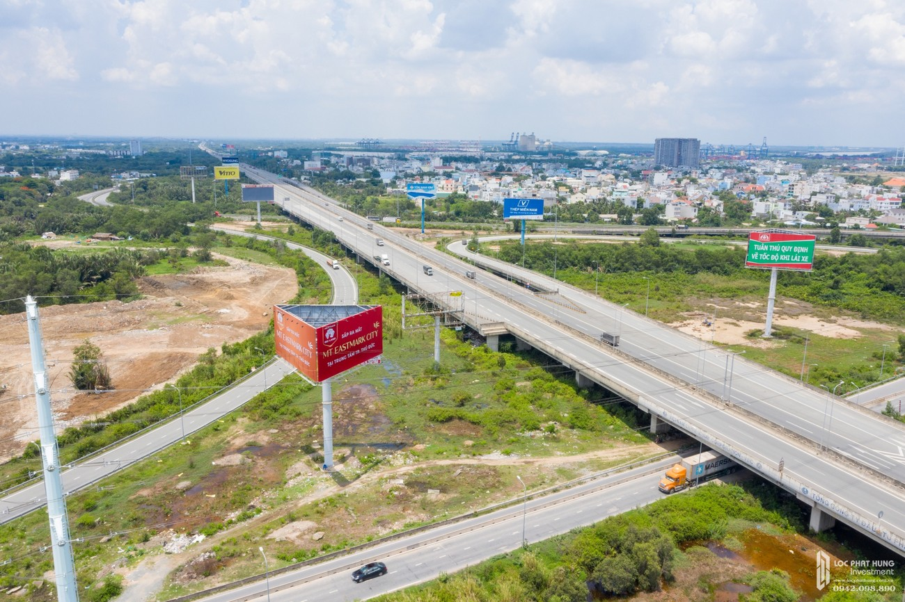 Đánh giá hạ tầng khu vực