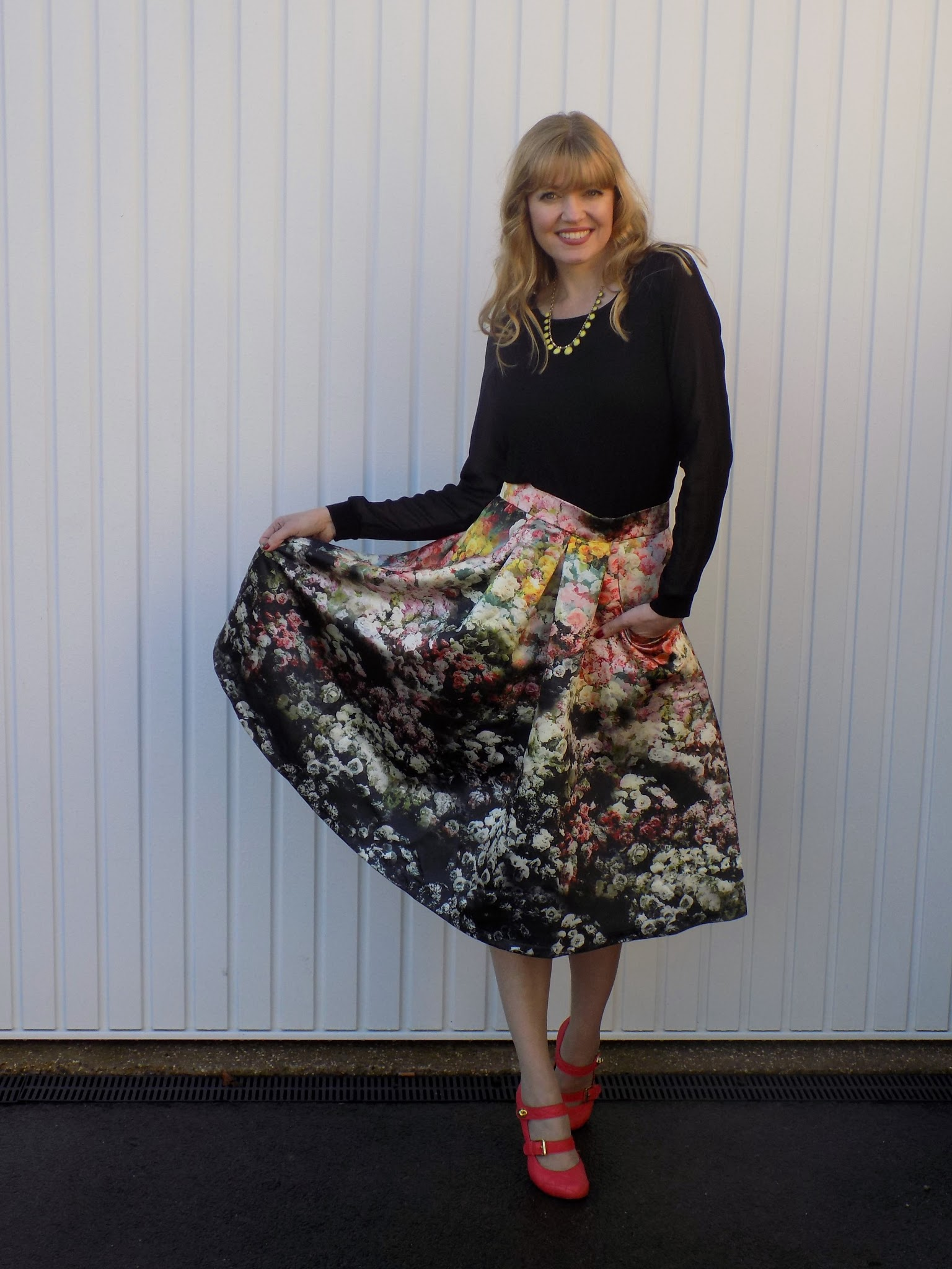 Floral silk midi skirt with Mulberry orange quilted shoes