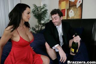 Lisa Ann : Convincing the Groom at his Wedding ## BRAZZERS 16rsawcbn7.jpg
