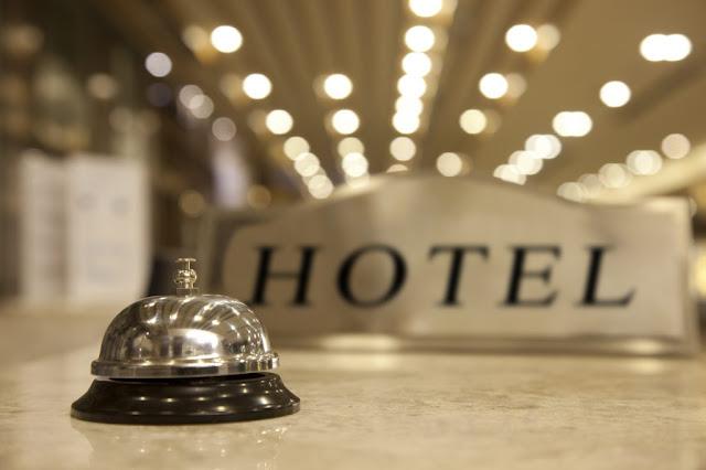 Ναύπλιο: Υπάλληλο υποδοχής ζητάει τουριστικό κατάλυμα στο Ναύπλιο