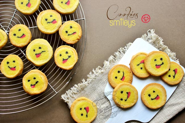 cookie qui tire la langue / tongue smiley cookies