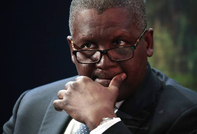 VIDEO: Nigerians React As Lady Exposes Aliko Dangote's bumbum on Social Media