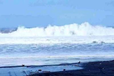 BMKG Ingatkan Waspadai Gelombang Tinggi di Wilayah Perairan Indonesia