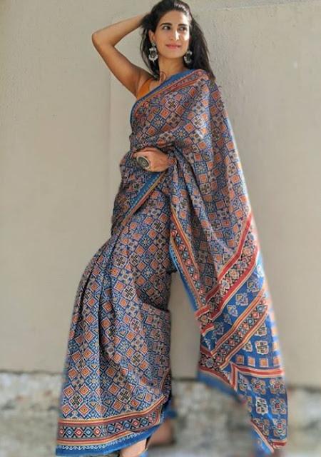 Indian Actress Aahana Kumra Photos