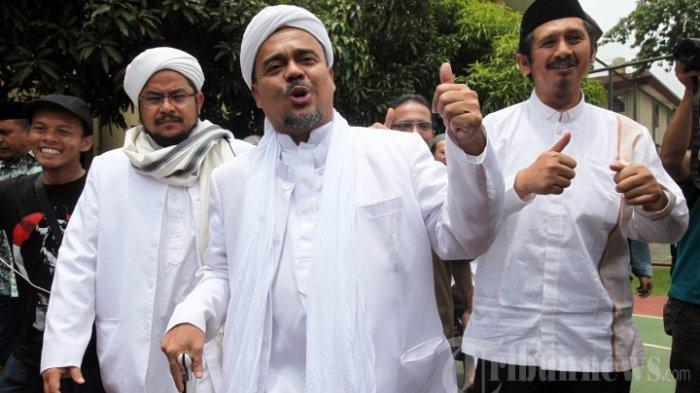 Rocky Gerung tentang Habib Rizieq: Dia Sudah Menjadi Pemimpin, Nyatanya Dia Punya Pengikut