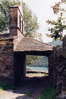 Iglesia de Santa María de Villarpedre, Grandas de Salime