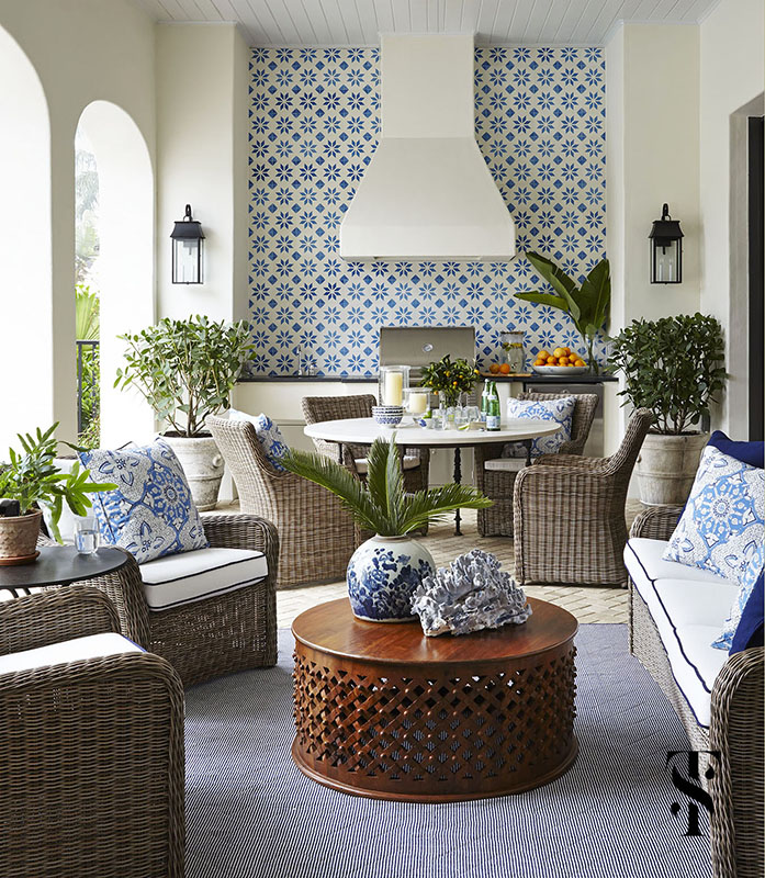 Summer Home Decor: Traditional Decor Inspiration: Blue And White Tropical