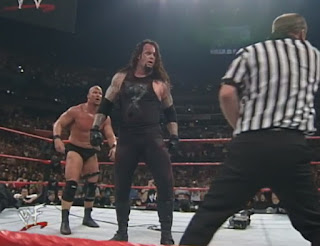 WWE / WWF Fully Loaded 1999 - The Undertaker faced Steve Austin in a first blood match