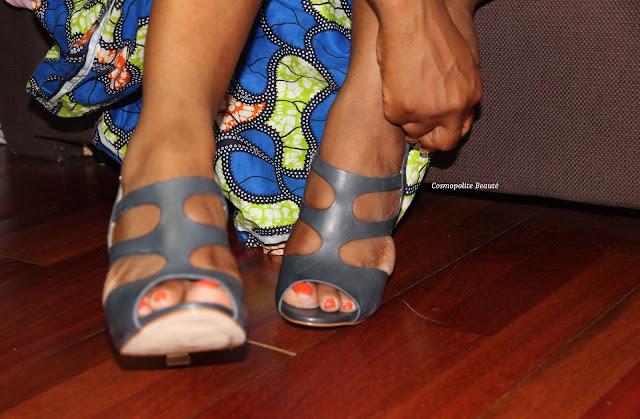 sandales à talons, menelli, pagne, tenue en pagne, jupe en pagne, wax outfit, wax, body dentelle, body femme, imprimé africain, newlook