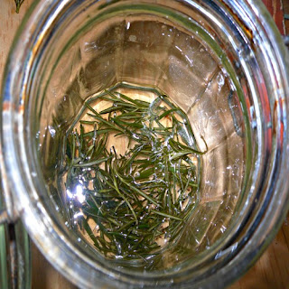 How to Make Natural Rosemary Body Scrub Recipe