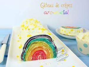 Gâteau de crêpes arc-en-ciel