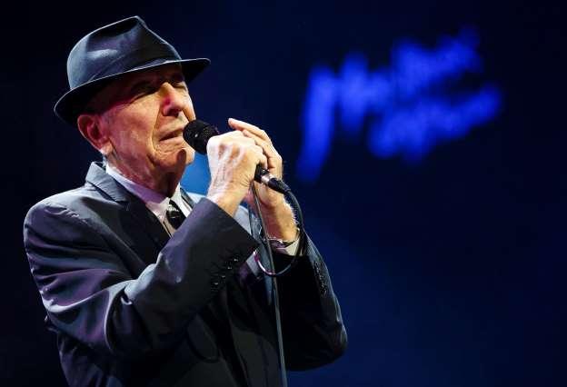 Leonard Cohen: Singer died in sleep after fall