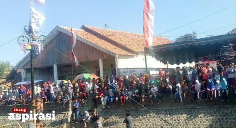 Berbagai Kegiatan Meriahkan HUT Ke-74 RI di RT 04/RW 11 Desa Curah Jeru Situbondo